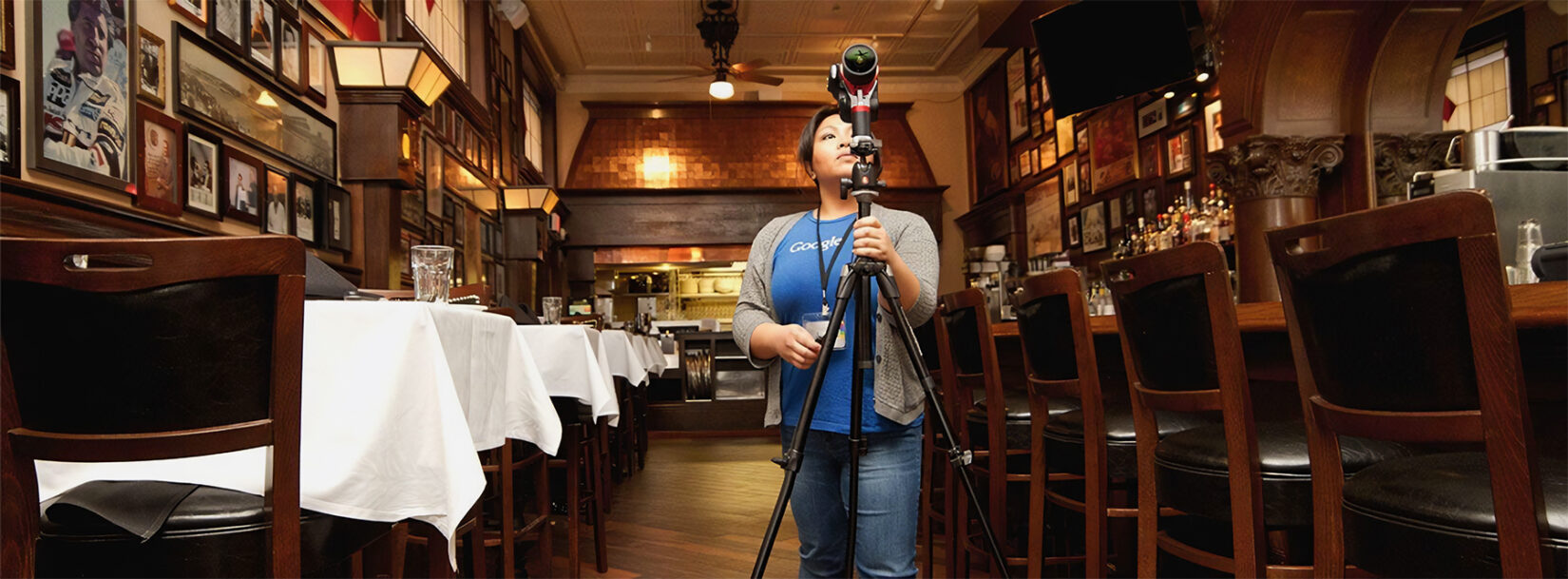 Google Employee Setting Up Camera in a Restaurant to Create Google Street View