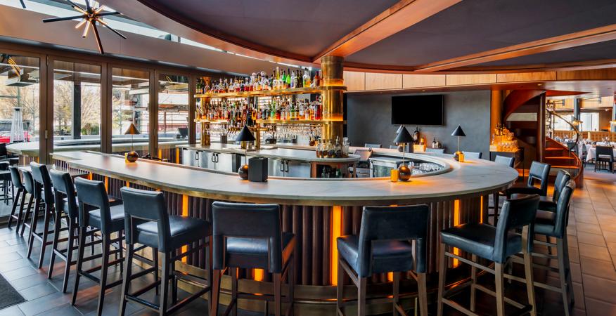 Modern Restaurant Bar