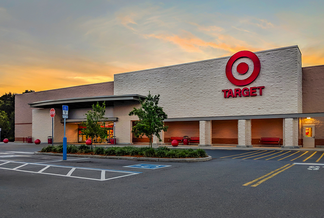 Exterior View of a Target Store in Oviedo at Sunset