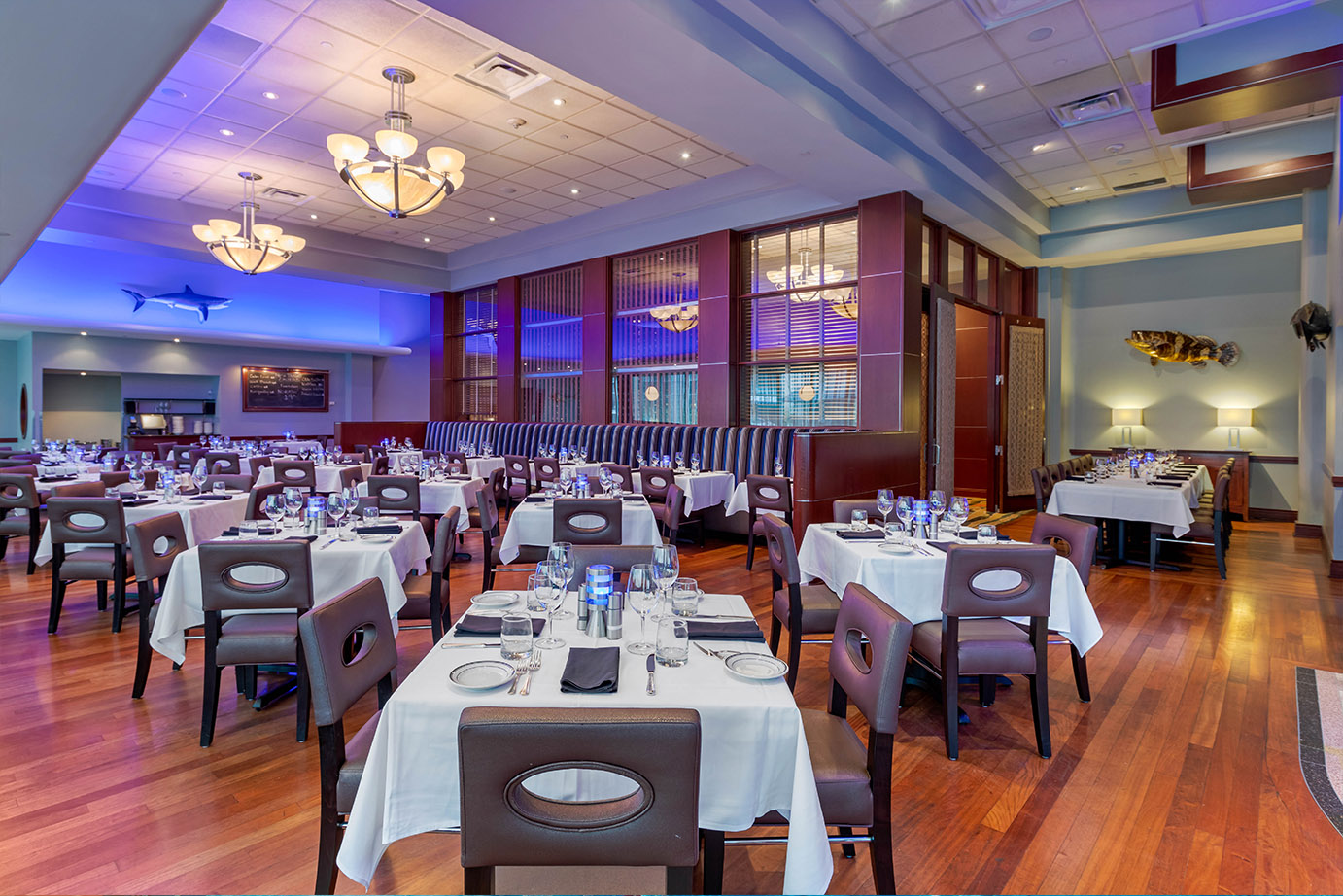 Modern Seafood Restaurant Dining Room
