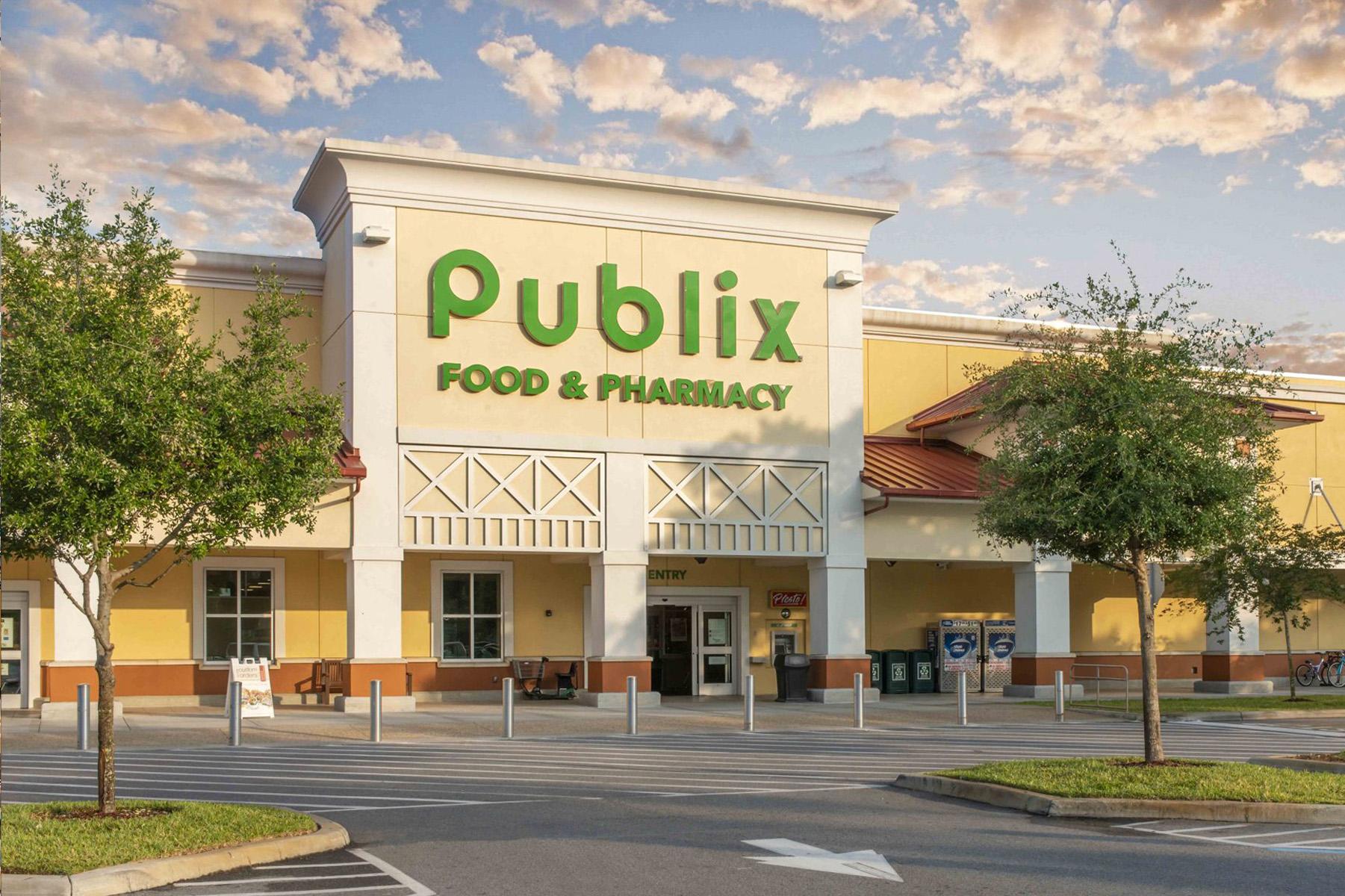 Publix Food & Pharmacy Store Exterior